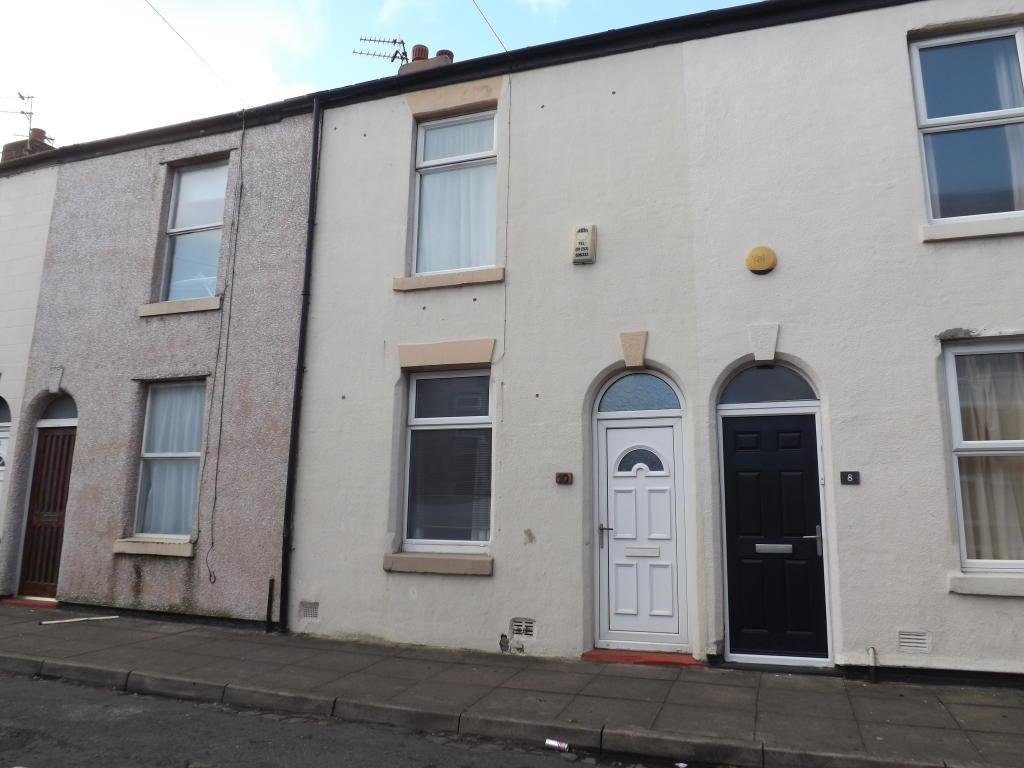 Best 2 Bedroom Terraced House To Rent In Whiteside Street Blackpool Fy1 With Pictures