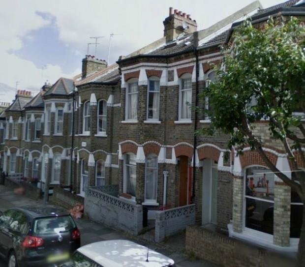 Best 2 Bedroom Flat To Rent In Harbut Road Clapham Junction Sw11 With Pictures