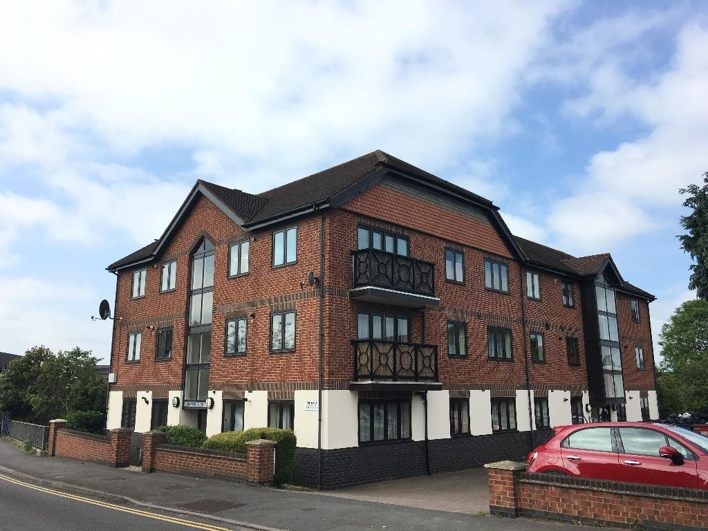 Best 2 Bedroom Flat To Rent In Devere Courtclopton Road Stratford Upon Avon Cv37 Cv37 With Pictures