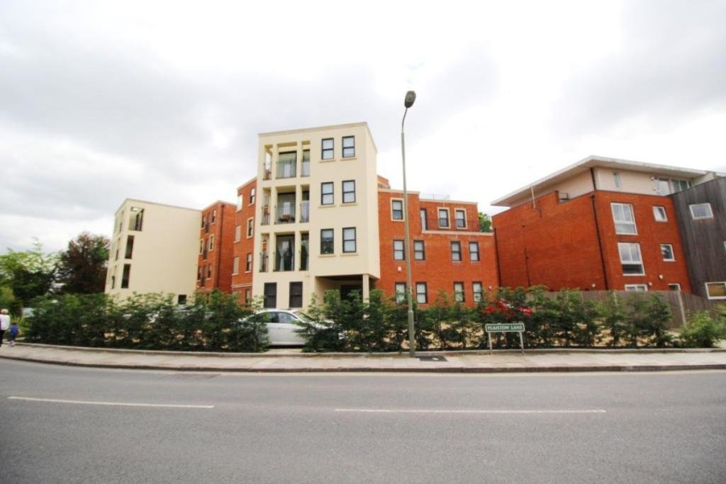 Best 2 Bedroom Flat To Rent In Plaistow Lane Bromley Br1 Br1 With Pictures