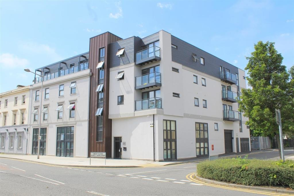 Best 1 Bedroom Apartment For Sale In Dixie Cardiff Bay Cf10 With Pictures