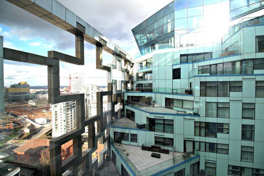 Best 2 Bedroom Apartment For Sale In The Cube Wharfside With Pictures
