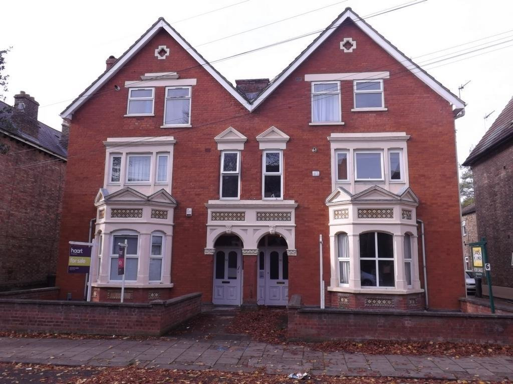 Best 2 Bedroom Flat To Rent In Chaucer Road Bedford Mk40 Mk40 With Pictures