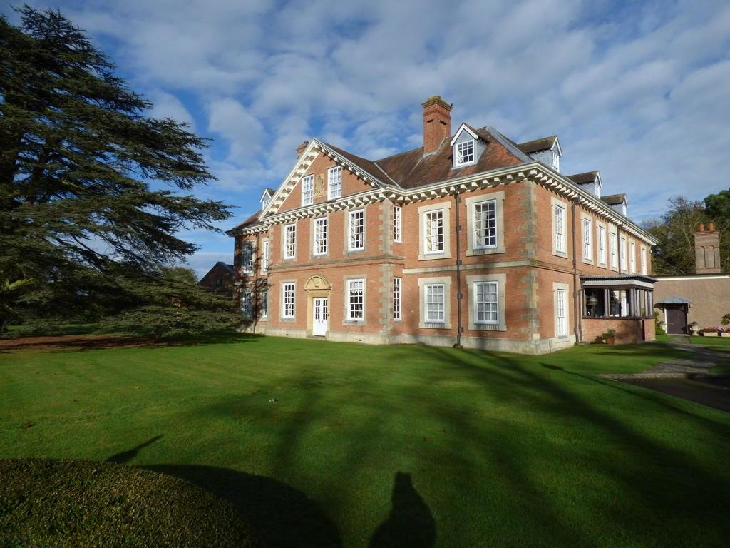 Best 2 Bedroom Apartment To Rent In Clopton House Clopton Stratford Upon Avon Cv37 With Pictures