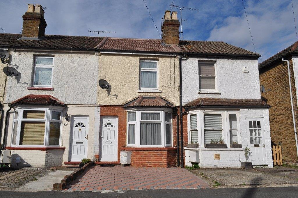 Best 2 Bedroom Terraced House To Rent In Montague Road Slough Sl1 With Pictures