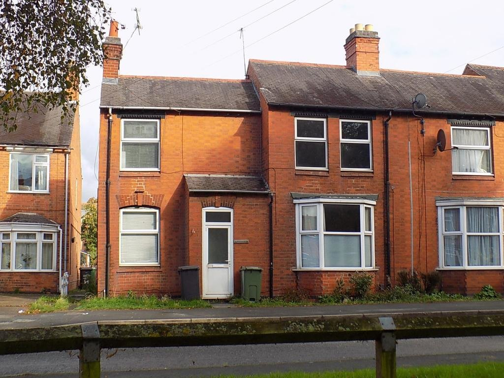 Best 2 Bedroom End Of Terrace House For Sale In 16 Leicester With Pictures