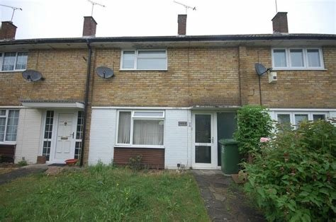 Best 2 Bedroom Terraced House For Sale In Basildon Essex Ss14 With Pictures