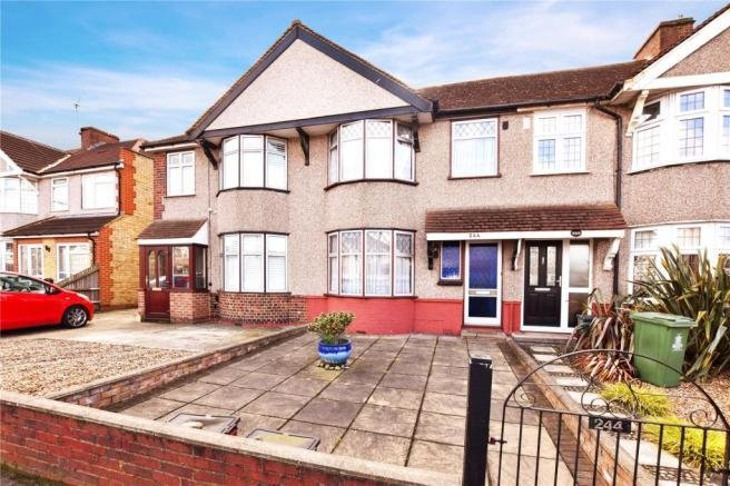 Best 3 Bedroom Terraced House For Sale In Hurst Road Bexley Kent Da5 Da5 With Pictures