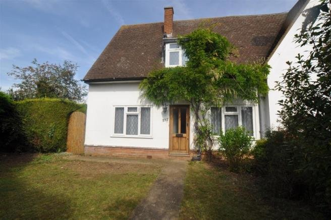 Best 3 Bedroom House For Sale In Cambridge Road Hitchin Sg4 With Pictures