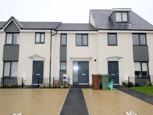 Best 2 Bedroom House To Rent In Pennycross Close Cherry Tree With Pictures