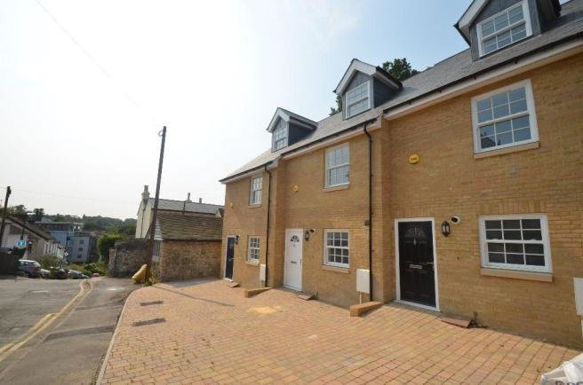 Best 3 Bedroom Town House To Rent In Bower Lane Maidstone With Pictures