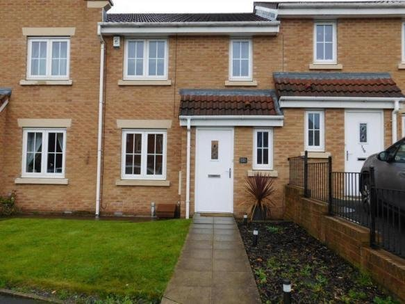 Best 4 Bedroom House To Rent In Jethro Street Bolton Bl2 With Pictures