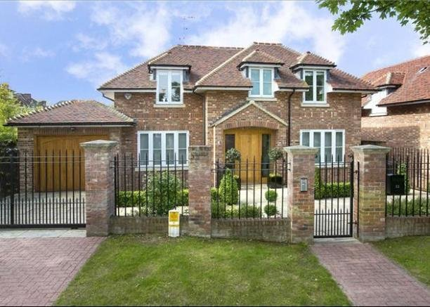 Best 5 Bedroom Detached House For Sale In Bank Lane London With Pictures