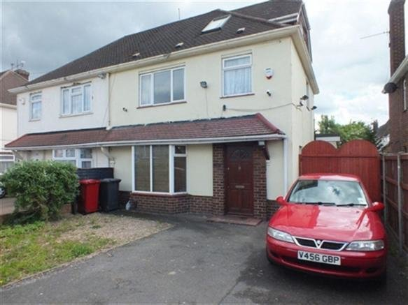 Best 3 Bedroom House To Rent In Bath Road Slough Berkshire Sl1 With Pictures