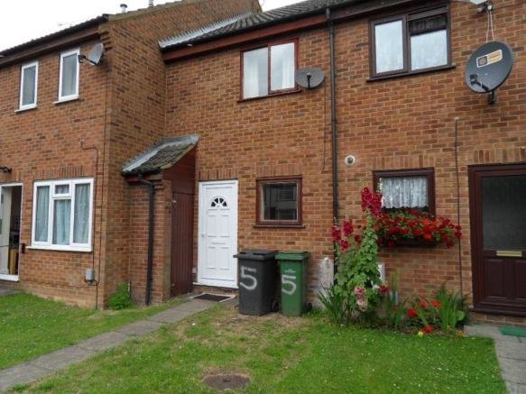 Best 2 Bedroom House To Rent In Chiltern Gardens Waller Avenue Leagrave Luton Lu4 Lu4 With Pictures