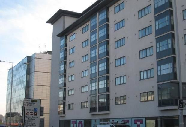 Best 2 Bedroom Flat To Rent In Armstrong House Exeter Street Plymouth Devon Pl4 With Pictures