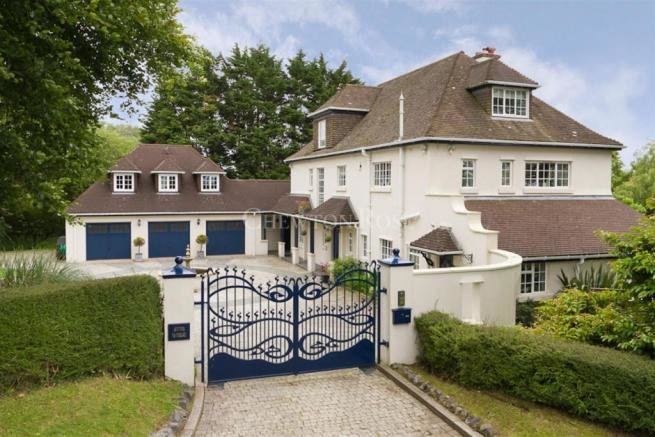 Best 6 Bedroom Detached House For Sale In Capel Llanilltern With Pictures