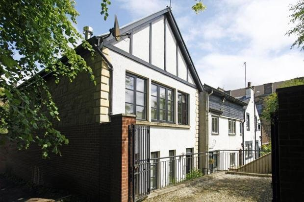 Best 2 Bedroom House For Sale In Hillside Gardens Lane With Pictures