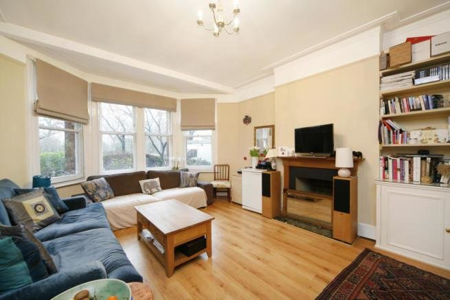 Best 2 Bedroom Flat To Rent In Prince Of Wales Drive Battersea Sw11 Sw11 With Pictures