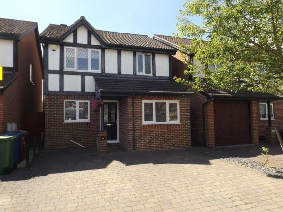 Best 3 Bedroom Detached House For Sale In Francisco Close With Pictures