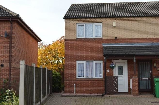 Best 2 Bedroom House For Sale In 2 Bedroom Semi Detached House With Pictures