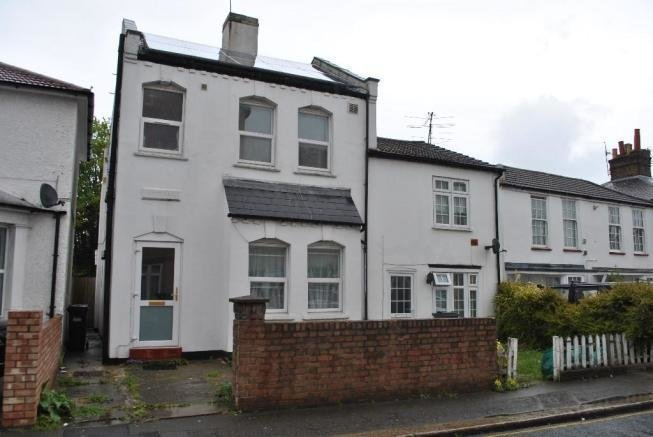 Best 4 Bedroom Semi Detached House To Rent In Cross Lances Road Hounslow Middlesex Tw3 Tw3 With Pictures