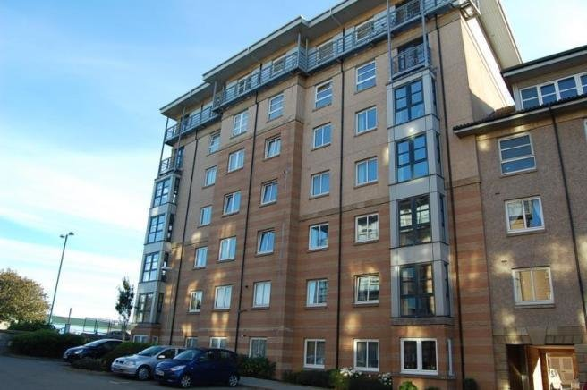 Best 3 Bedroom Flat To Rent In Bannermill Place Aberdeen Ab24 With Pictures