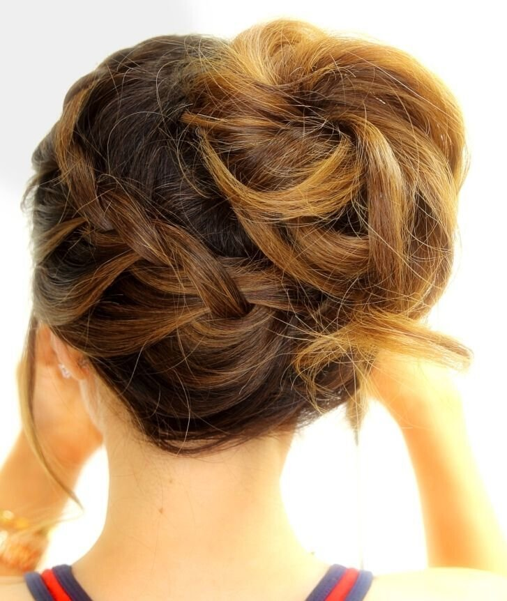 Free 18 Quick And Simple Updo Hairstyles For Medium Hair Popular Haircuts Wallpaper