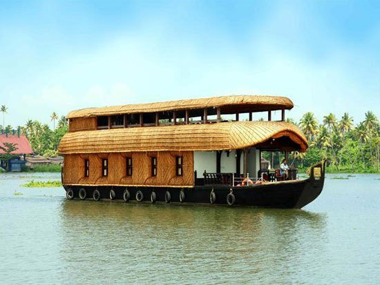 Best 4 Bedroom Houseboat Alleppey Kumarakom– Royal Leisure Tours With Pictures