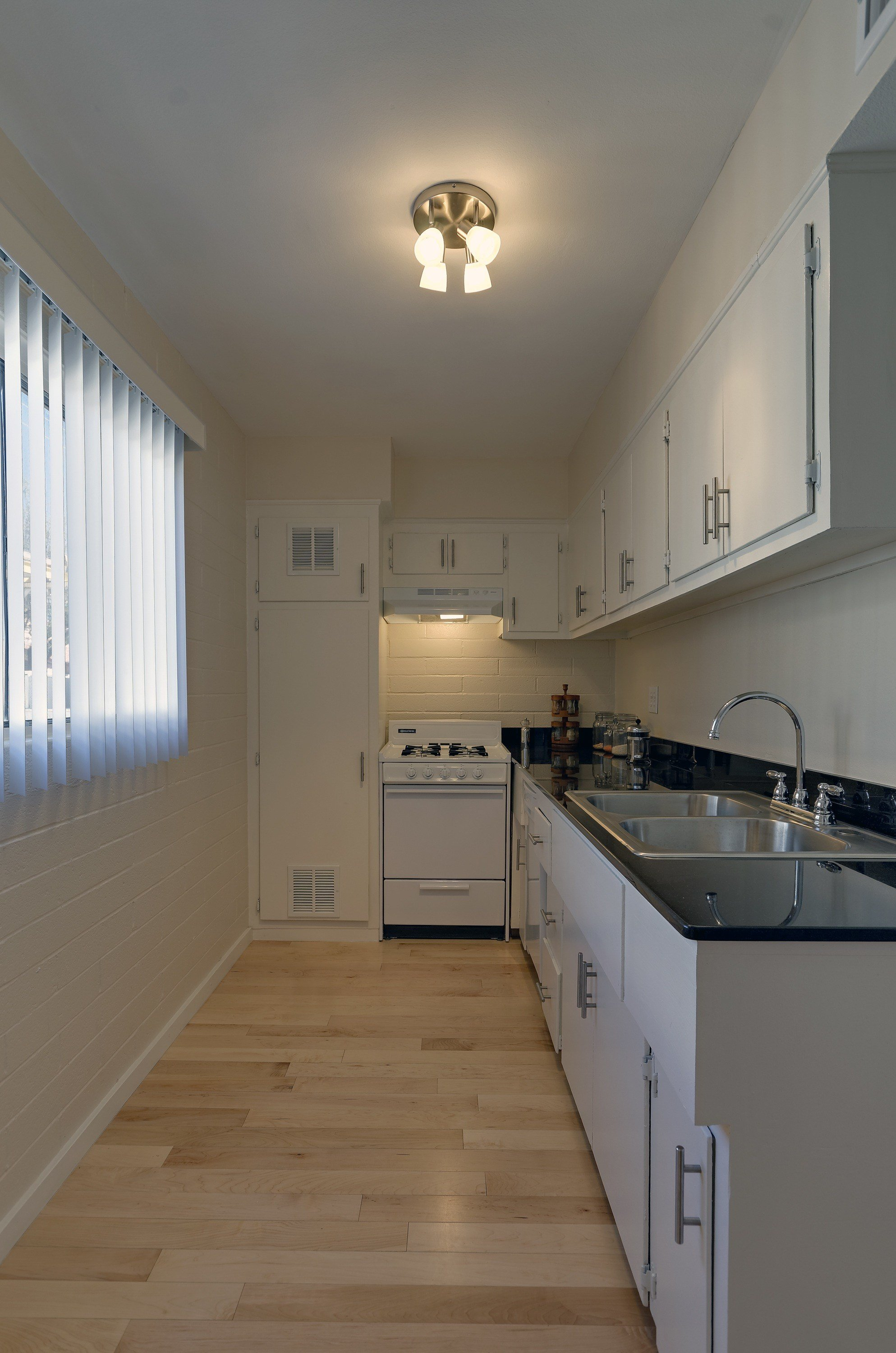 Best Broadway Village University Of Arizona Apartments With Pictures