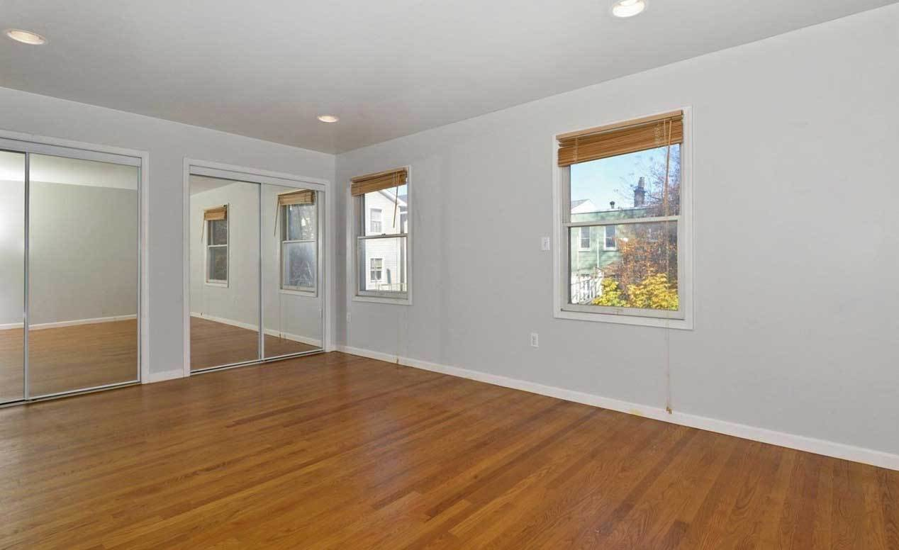 Best Large 3 Bedroom Rental Available At 76 Clarke Ave Jersey City Jersey Digs With Pictures