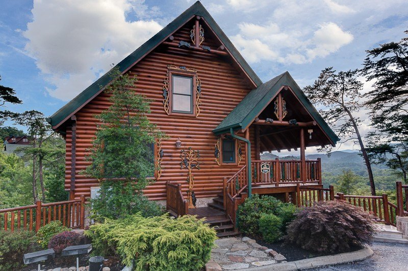 Best Pigeon Forge Cabin Family Traditions 4 Bedroom Sleeps 12 With Pictures