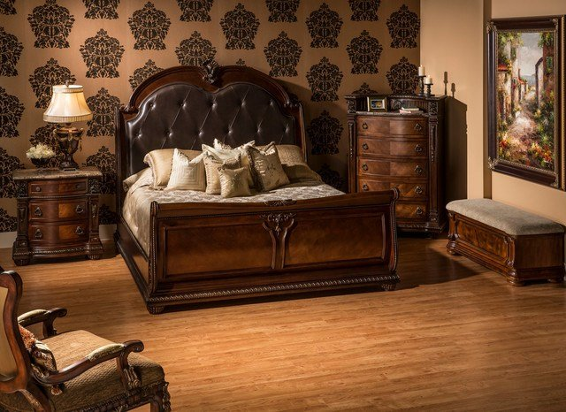 Best Coventry Tobacco Bedroom Set Traditional Bedroom With Pictures