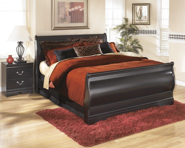 Best Signature Design By Ashley Huey Vineyard Black Sleigh Bed With Pictures