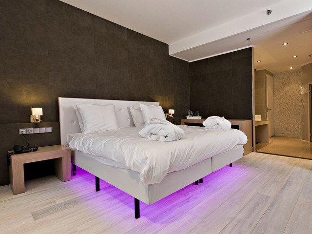 Best White Hardwood Floors Modern Bedroom San Diego By With Pictures