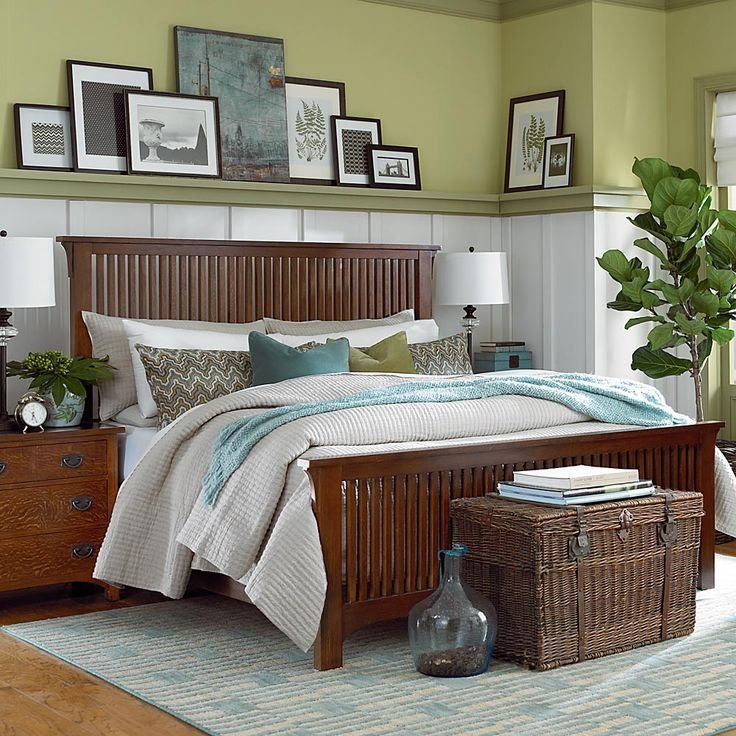 Best Arts And Crafts Bedroom Picture Rail Decor Ideas With Pictures