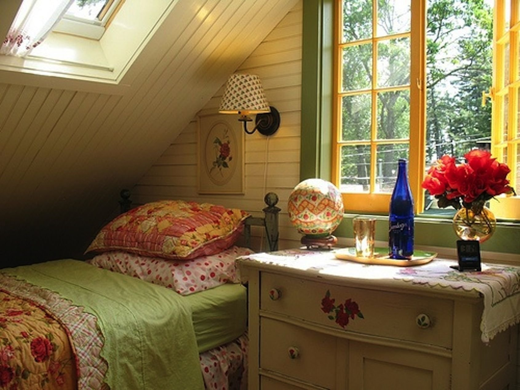 Best Cozy And Nice Attic Room Don´t You Love Attics Pinterest With Pictures