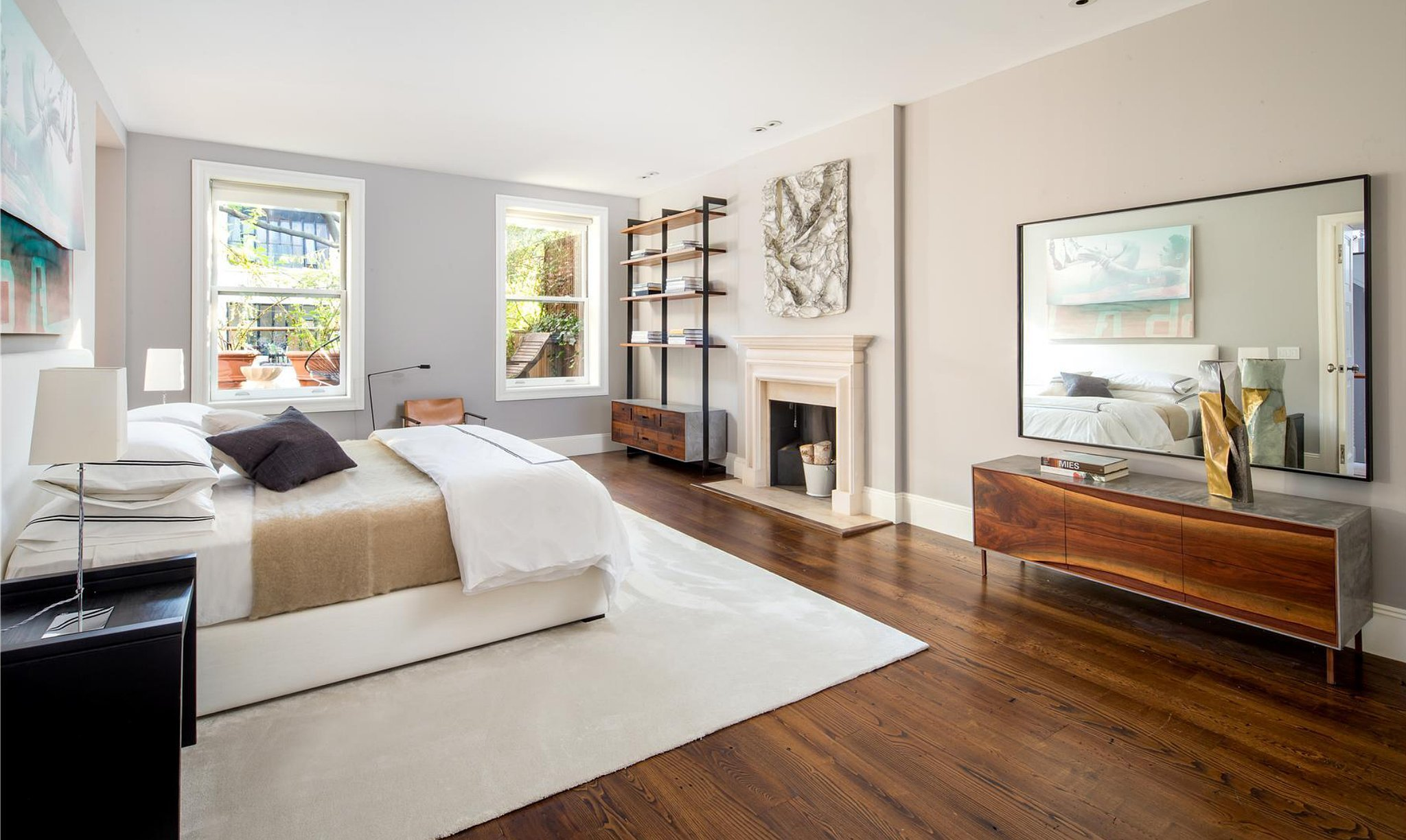 Best Clean Lines And Sunlight Make This Large Bedroom Look Even With Pictures