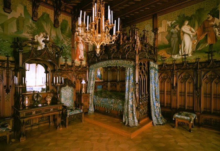 Best Fiorito Interior Design History Of Furniture Gothic With Pictures