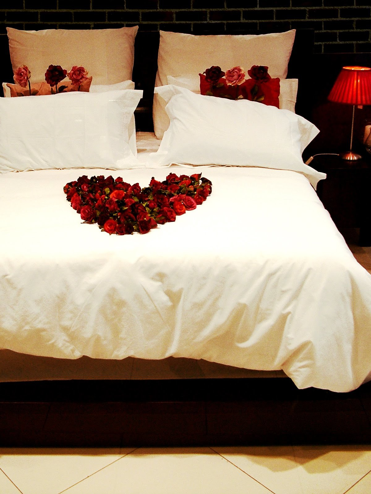 Best Sensual Valentines Day Bedroom Ideas Interior Decorating With Pictures