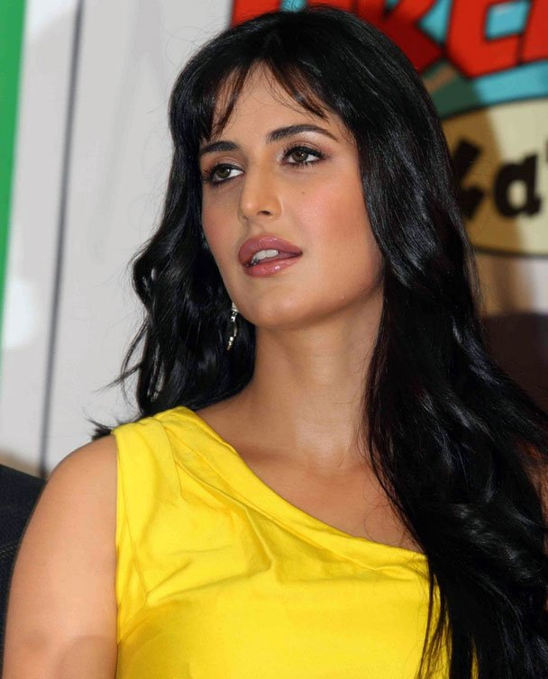 Free All About Celebrity Katrina Kaif Latest Hairstyles Wallpaper