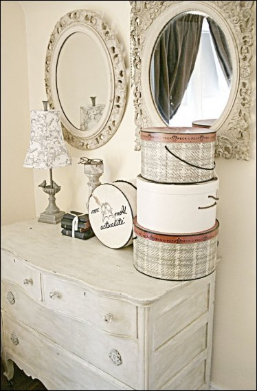 Best Key Interiors By Shinay Girly Girl Vintage Style Bedrooms With Pictures