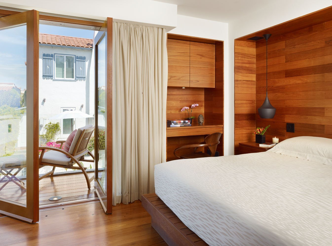 Best 10 Tips On Small Bedroom Interior Design Homesthetics With Pictures