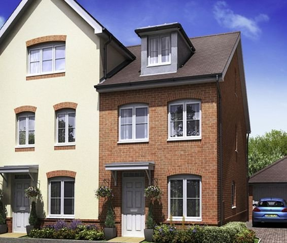 Best 3 Bedroom Terraced House To Rent In Perimeter Road Woodley With Pictures