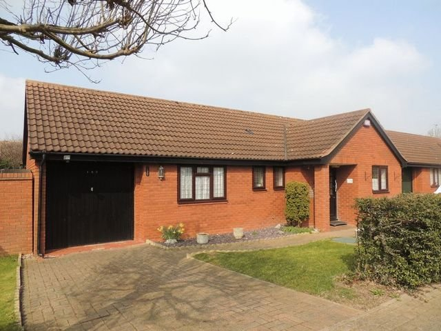 Best 3 Bedroom Detached House For Sale In Blackmoor Gate With Pictures