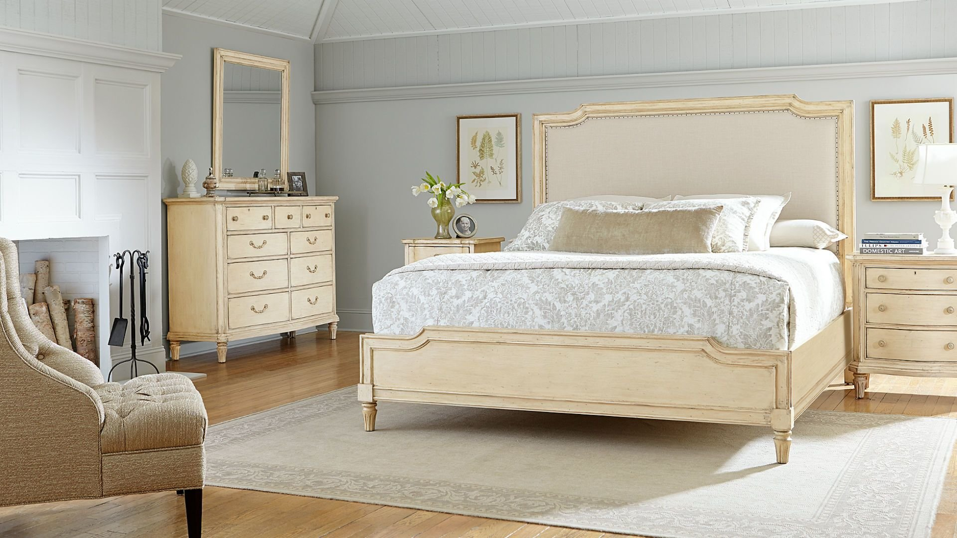 Best European Cottage Collection Bedroom Set By Stanley With Pictures
