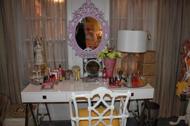 Best Frangipani Goddess Hanna Marin S Bedroom With Pictures
