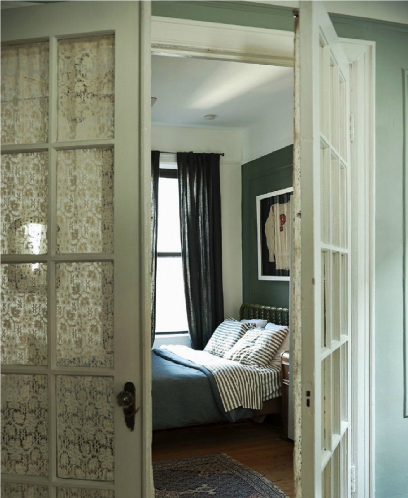 Best An East Village Apartment By The Novogratz A Home With A With Pictures