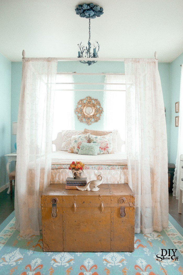 Best Eclectic Guest Bedroom Ideas Diy Show Off ™ Diy Decorating And Home Improvement Blogdiy Show With Pictures