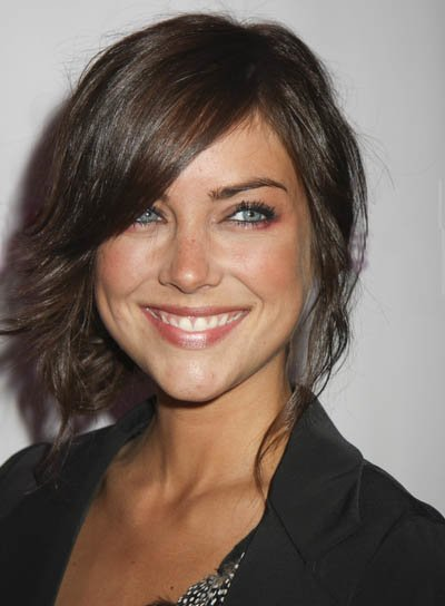 Free Jessica Stroup With Short Hairstyles Hairstyles 2013 Wallpaper